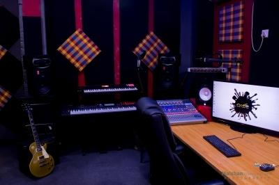 Recording Studio Space is Available - Nagaaraa (නගාරා) Studio