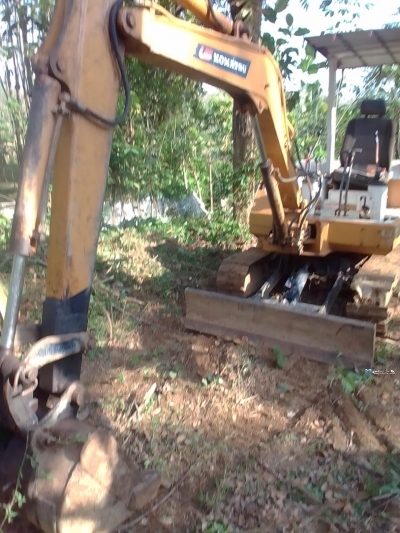 Komatsu PC30 - 6 Excavation
