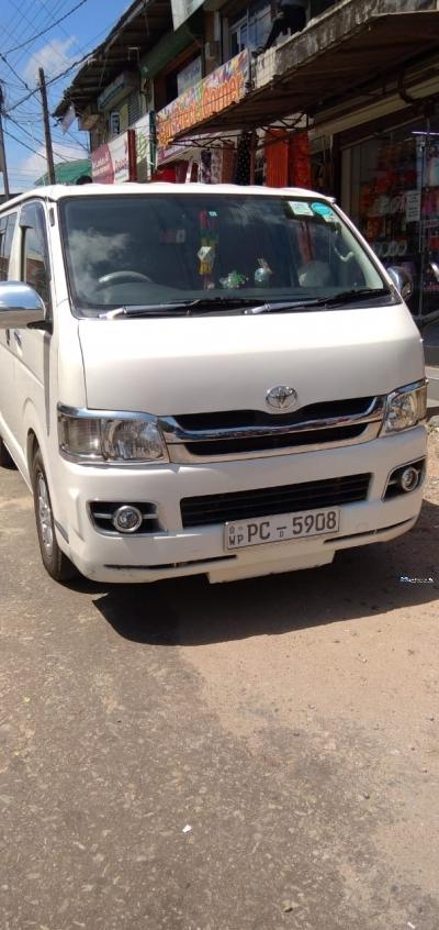 Toyota KDH201V Super GL 2007