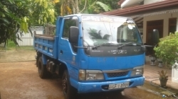 Isuzu ELF Tipper 2004