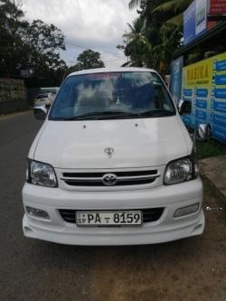Toyota Noah CR42 2001