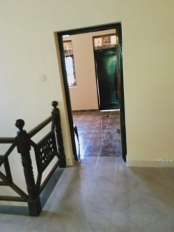 Upstairs House for Rent in Kesbewa