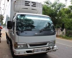 Isuzu ELF Freezer Lorry 2003