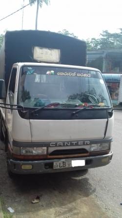 Mitsubishi Canter 2001