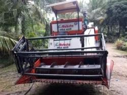 Mubota 220 Harvester