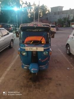 Bajaj Three Wheel 2011
