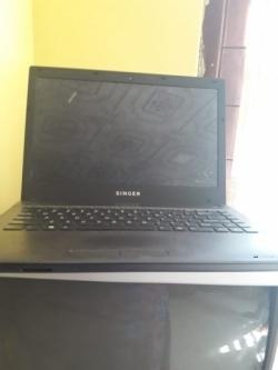 Singer Laptop