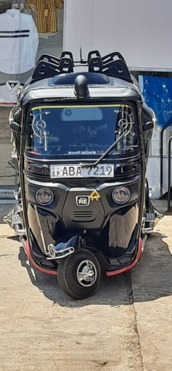 Bajaj RE Three Wheeler 2015