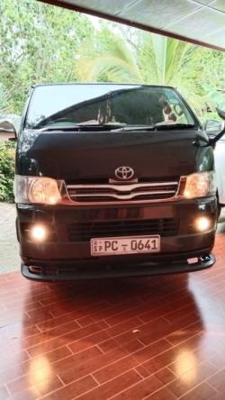 Toyota KDH 2006
