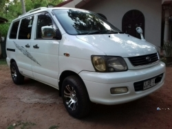 Toyota Noah TownAce KR42 2003