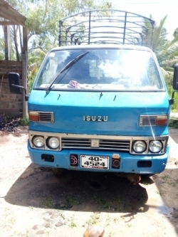 Isuzu TLD24OPEN Lorry 1984